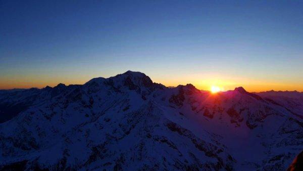 Photo du Mont-Blanc depuis la nacelle d'une montgolfière Ballons du Léman
