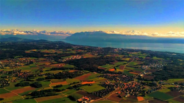 photo d'un paysage Suisse depuis la nacelle d'une montgolfière Ballons du Léman